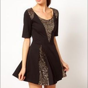 Sequins panel black/pewter/gold Box Pleat Dress